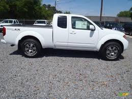 nissan frontier pro 4x 2017 avalanche white 2012 nissan frontier pro 4x king cab 4x4 exterior