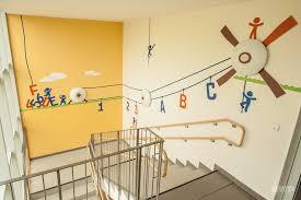 wandgestaltung kindergarten kreative wandgestaltung kindergarten am besten büro stühle home