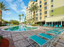 Comfort Suites Cancellation Policy Comfort Suites Maingate East Orlando Undercover Tourist