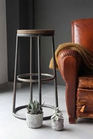 tabouret de cuisine en bois 27 idées déco de tabouret et chaise de bar industriel