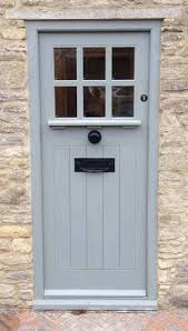 Cottage Style Garage Doors by Best 25 Garage Door Handles Ideas On Pinterest Carriage Garage