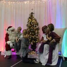 Backdrop Rentals Santa Backdrop And Chairs Carnivals For Kids At Heart