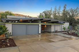 eichler with rare floor plan goes on the market for first time
