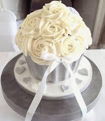 giant wedding cakes unique giant wedding cupcakes cupcake 50th anniversary cakes