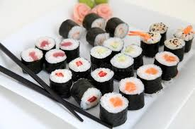 cuisine traditionnelle japonaise ensemble de sushi nourriture japonaise traditionnelle image stock