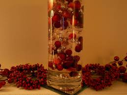 cranberry decorations decking the halls with cranberries