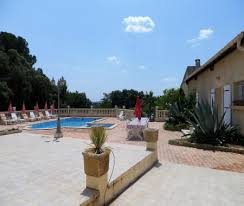 chambre d hote herault avec piscine maison de 250 m 4 chambres climatisées situé à st felix de lodez