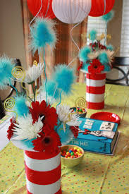 Centerpieces For Baby Shower by 25 Best Dr Seuss Baby Shower Ideas Ideas On Pinterest Dr Seuss