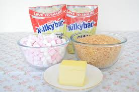 white chocolate marshmallow rice crispy cakes
