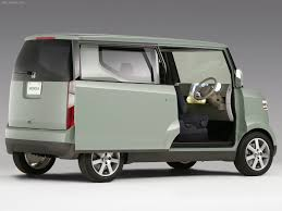 Honda Step Bus Photos Photogallery With 6 Pics Carsbase Com