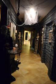 halloween house decorating games best 10 garage halloween party ideas on pinterest halloween