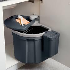 poubelle cuisine encastrable coulissante poubelle encastrable coulissante poubelle coulissante l with