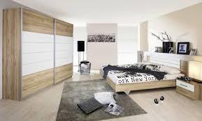 chambre a coucher moderne en bois massif chambre a coucher moderne en bois massif collection mcarthur