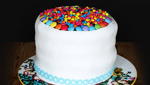 Simple Party Cake Decorating for Kids