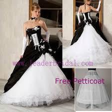 robe de mari e gothique robe de mariée gothique bretelles robe de soirée nuptiale