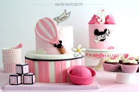 minnie mouse cakes vintage minnie mouse cake