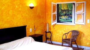 trompe l oeil chambre fenêtre sur le marais dans chambre d hôte kreadeco décoration