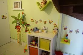 chambre enfant verte jeux de decoration chambre bebe enfant vert ikea