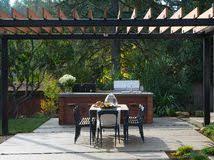 amenager une cuisine exterieure comment aménager une cuisine d extérieur sur la terrasse
