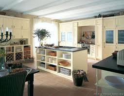 ideas for painting kitchen cabinets photos painting wood kitchen cabinet paint oak kitchen cabinets