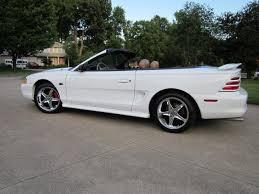 98 mustang cobra wheels mustang 1995 cobra r style chrome wheel sumitomo tire kit 17x9