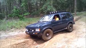 pathfinder nissan 2003 nissan pathfinder 4x4 and toyota tacoma trd off road youtube