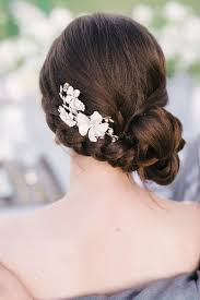 how to do the country chic hairstyle from covet fashion ehow shabby chic wedding hairstyle acconciatura sposa shabby chic