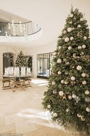 How To Make A Christmas Tree Star For Top - kourtney kardashian reveals she bought six christmas trees for her