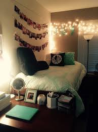 50 decoration ideas to personalize your dorm room with college