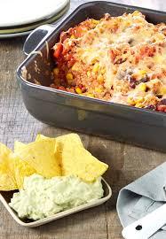 cuisiner mexicain gratin mexicain au quinoa et guacamole colruyt