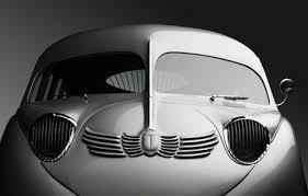 2 art deco cars phantom corsair 500 jpg 500 297 art deco autos