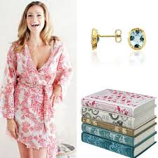 best bridesmaids gifts 5 bridesmaid gifts that don t or exactly what to buy your