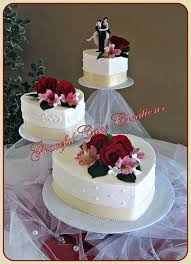 heart shaped wedding cakes best 25 ivory heart wedding cakes ideas on sugar
