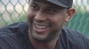 What S Next For Aaron Hicks As Aaron - day in the life aaron hicks youtube