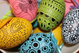Easter Egg To Decorate by Easter Egg Decorating Idea 2 Doodled Eggs