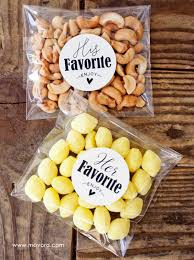 favors for weddings 5 wedding favors your guests will actually want s five things