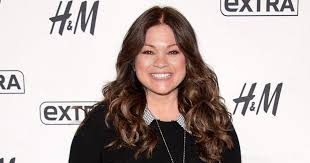 how to get valerie bertinelli current hairstyle valerie bertinelli says she forgives herself when she dislikes the