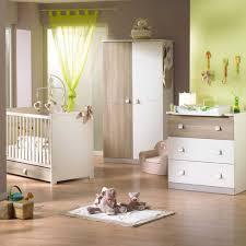 chambre bebe beige chambre baba fille marron photos de inspirations avec chambre bebe