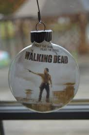 the walking dead daryl dixon crossbow tree ornament