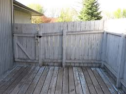 wood fence stain or paint