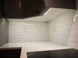 white subway tile with contrasting gray grout 93 light tile with