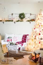 living room 517492ca152b9b8e3ba2cc17816f536f christmas fireplace
