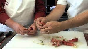 comment cuisiner un homard recette n 2 le homard comment cuire le homard à l académie