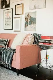 habiller un canapé le petit canapé à voir