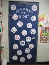 winter door decorations contest siudy