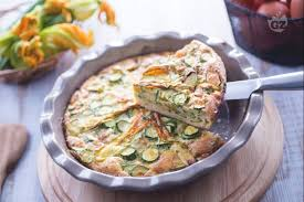 ricette con fiori di zucchina al forno ricetta frittata di zucchine al forno la ricetta di giallozafferano