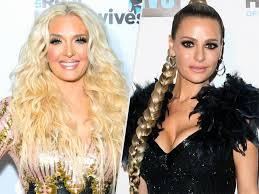 hair style from housewives beverly hills rhobh erika girardi warns a gossiping dorit kemsley people com