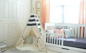 tipi chambre tipi une tendance déco pour une chambre d enfant hubstairs
