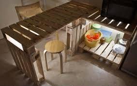 fabriquer une cuisine en bois fabriquer un ilot de cuisine en palettes voici 15 idées pour vous