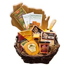 wisconsin cheese gift baskets 11 wisconsin gift ideas we the bobber